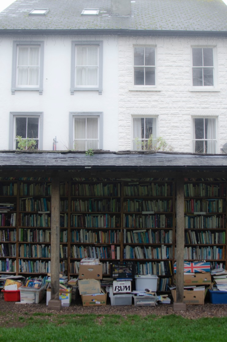 outdoor bookshop